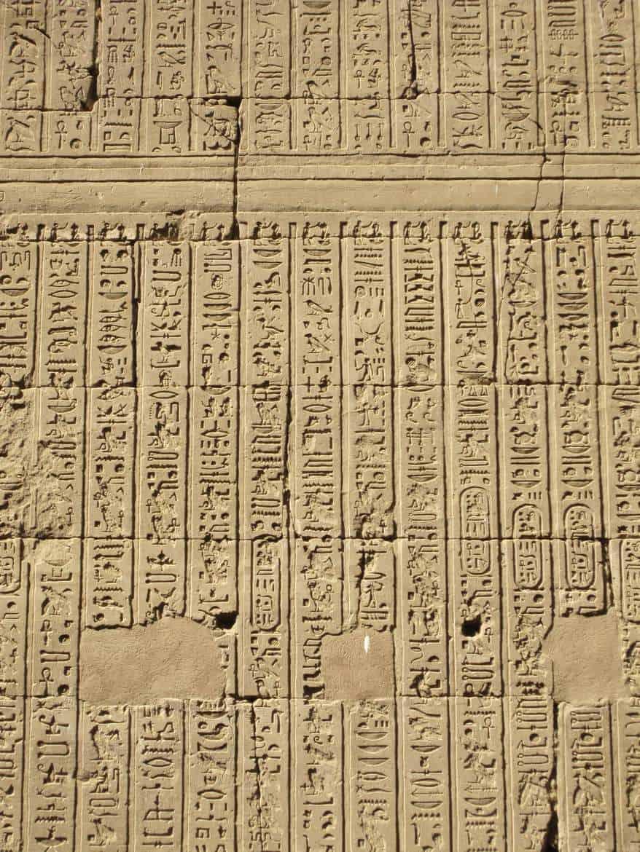 Die Geschichte der Numerologie: Hieroglyphen aus Ägypten