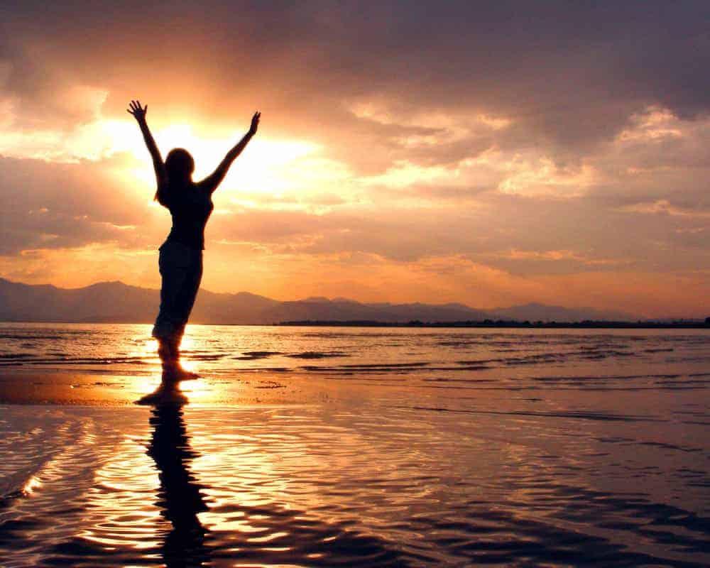 Bedeutung der Zahlen - Lebenszahlen Einführung - Lebenszahl 9 - Frau Meer Sonnenuntergang Freiheit